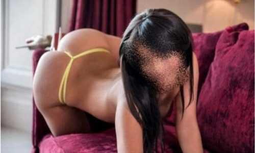 Eşsiz oral yapan kadın Ayca