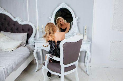 Unutulmaz masaj yapan kız Aygen